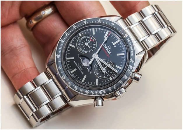 Best Selling Watches for Men 2016 - OMEGA SpeedMaster Moon phase