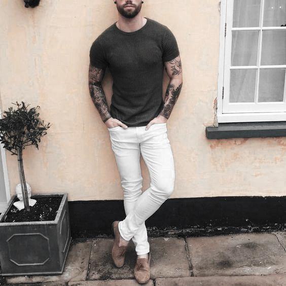 What To Wear With White Jeans For Men 19