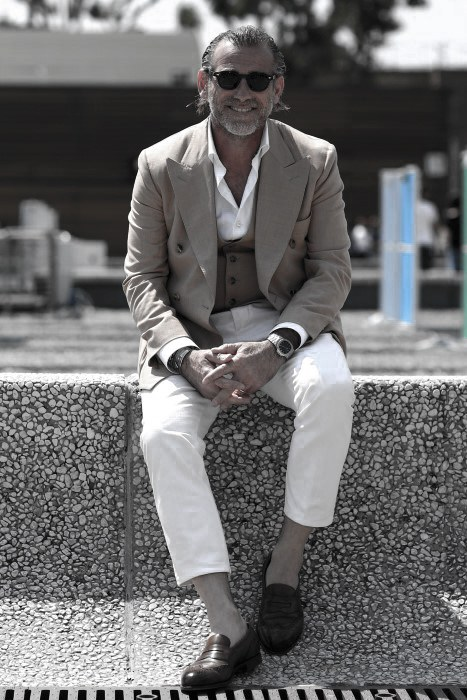 What To Wear With White Jeans For Men 28