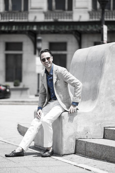 What To Wear With White Jeans For Men 33