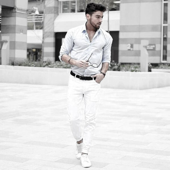 What To Wear With White Jeans For Men 8