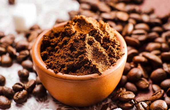 Remove Dead Skin WITH Coffee Grounds