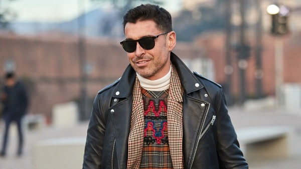 How To Dress Well - Choose Sunglasses to Suit Your Face Shape