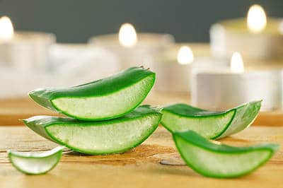Get Thicker Hair Naturally - Aloe Vera