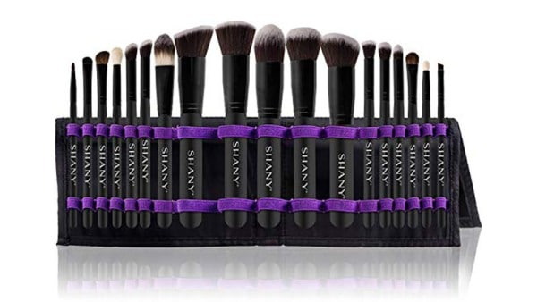 Shany Artisan's Easel 18 Piece Cosmetics Collection