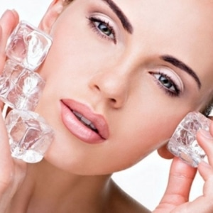6 Ice Cube Recipes for Face – To Clean, Soothe and Brighten the Skin