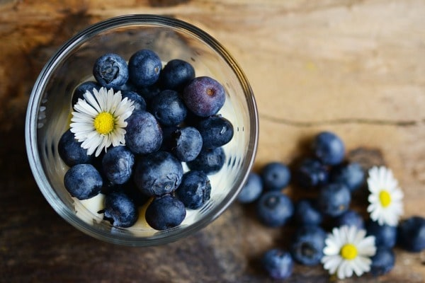 8 Amazing Homemade Blueberry Face Masks For Radiant Skin