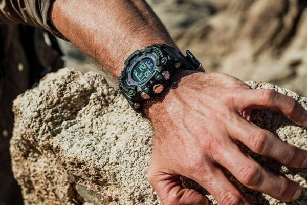 Best Military & Tactical Watches For Men In 2020