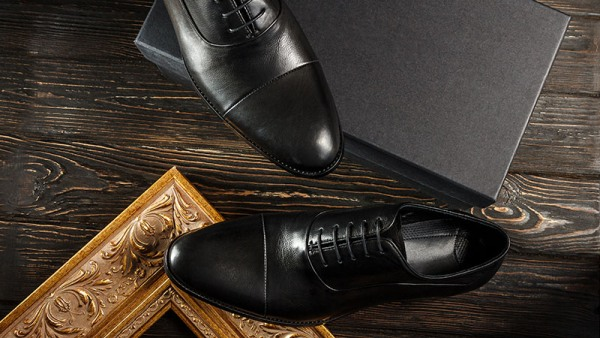 Oxford Shoes The Smart Shoe Every Man Should Own