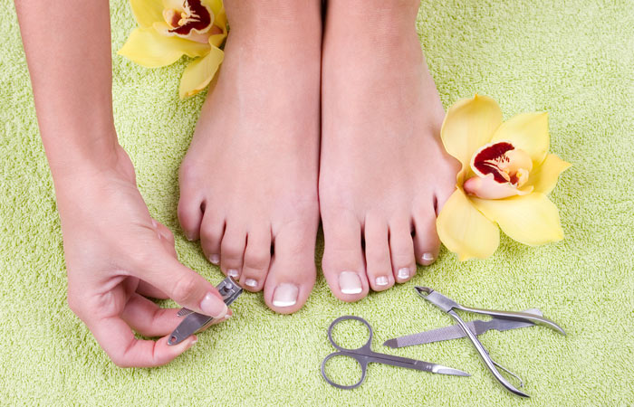 How To Make Your Feet Soft - Remove Hangnails