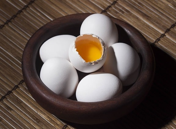 How Eggs Prevent Hair Loss - Egg Mask For Growth For Normal And Combination Hair