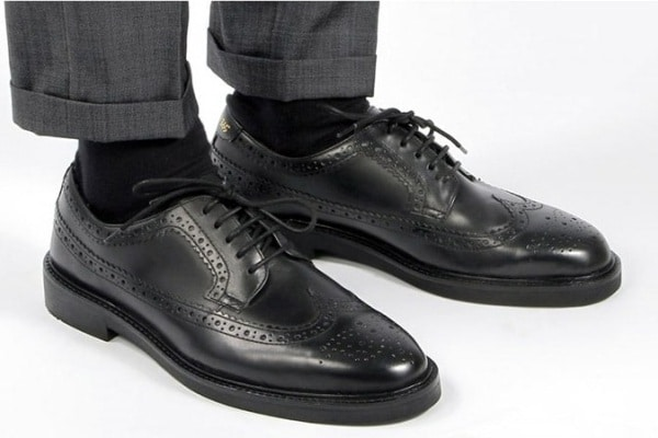 How To Wear Brogue Shoes For Men