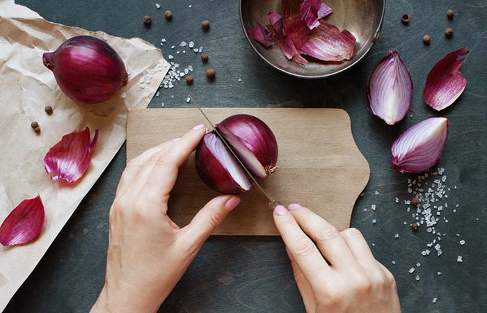 Onion For Weight Loss - Raw Onion