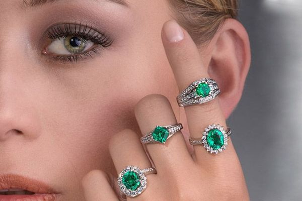 Best Emerald Engagement Rings For Brides