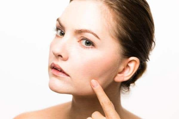 6 Simple Ways To Remove Red Spots On The Skin