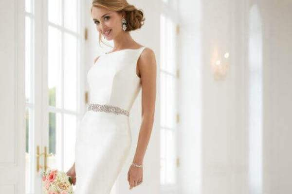 Simple Wedding Dresses For A Fuss Free Celebration