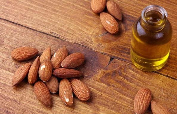 Castor Oil And Almond Oil For Dark Circles