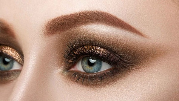 How to Blend Eyeshadow