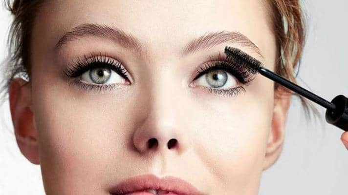 Best Mascaras That Makeup Artists Swear By