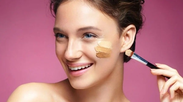 How to Select the Right Shade of Concealer