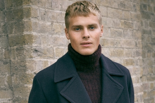 How To Wear A Roll Neck Jumper With Style
