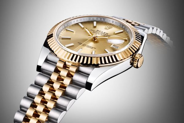 20 Best Gold Tone Watches For Men