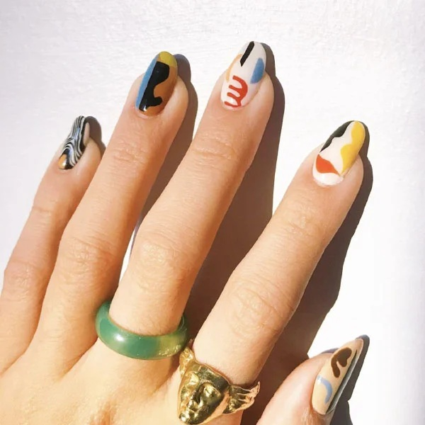 Artistic Oval Nails