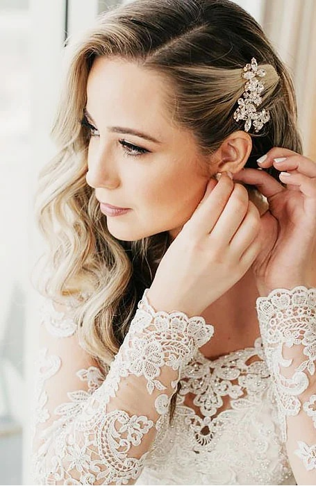 Bridal Hairstyle with Crystal Hair Clips