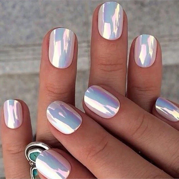 Holographic Round Nails