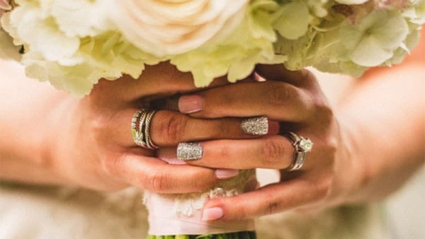 Wedding Accent Nails