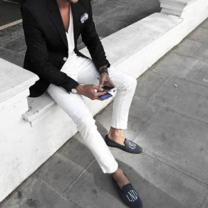 What To Wear With White Jeans For Men 10