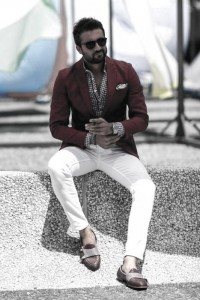 What To Wear With White Jeans For Men 14