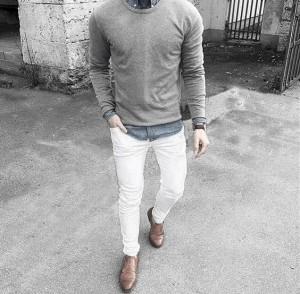 What To Wear With White Jeans For Men 25